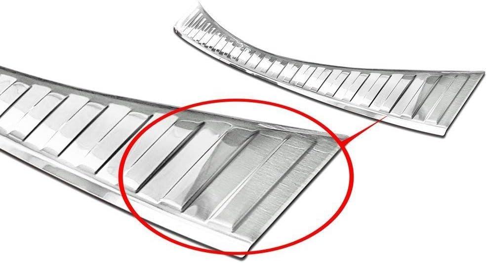 Fahrzeugspezifischer Ladekantenschutz aus Edelstahl mit 3D Abkantung AZ29000175