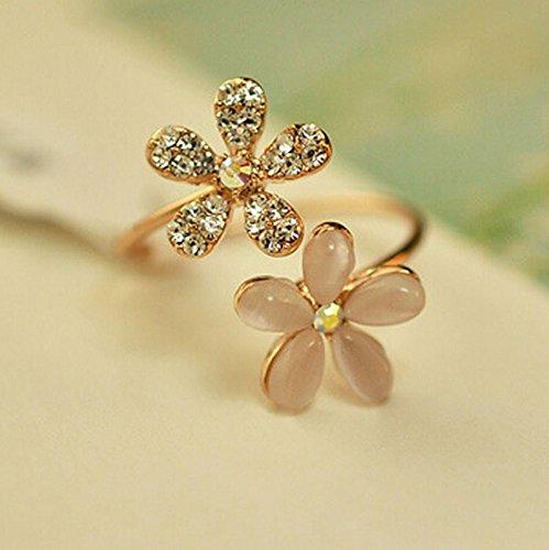 Ring Rhinestone Fashion Flower (Pikul giftshop Womens Gold Daisy Flower Crystal Rhinestone Ring Open Adjustable Fashion Jewelry)