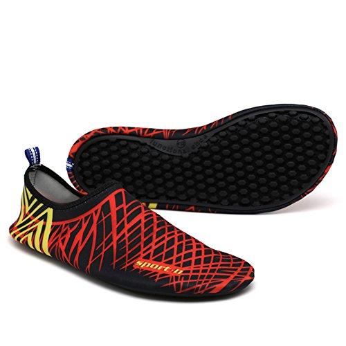 MAYZERO Mens Womens Wasser Haut Schuhe Quick Dry Aqua Socken Barfuß Schuhe für Beach Swim Surf Yoga Slip-On Schuhe Hausschuhe Schwarz Rot