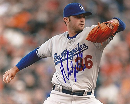 MATT MAGILL LOS ANGELES DODGERS AUTOGRAPHED SIGNED HORIZONTAL 8X10 PHOTO W/COA Autographed Dodgers 8x10 Photo