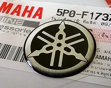 100 Genuine 25mm Durchmesser Yamaha Stimmgabel Aufkleber Sticker Emblem Logo Silber Schwarz Erhöht Gewölbt Gel Harz Selbstklebend Motorrad Jet