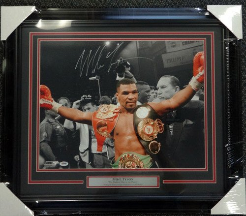 Mike Tyson Signed Framed 16 x 20 Photo - PSA/DNA Authentication - Boxing Memorabilia