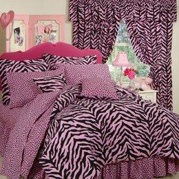Pink Zebra + Leopard - Complete Bedding Set - Twin by Karin Maki ()