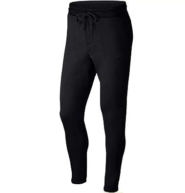 e361e7bc92 Amazon.com: Nike Sportswear Air Max Men's Jogger Pants: Shoes