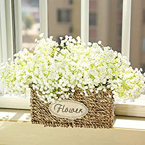 Wootkey 6Pcs 24.5″ Plastic Babys Breath Artificial Flowers California Berries Rich Red Artificial Berry Stems Holly Christmas Berries for Festival Holiday and Home Decor (Baby Gypsophila Cream)