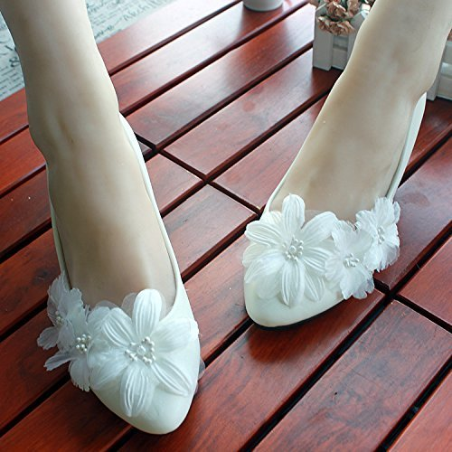 Embellished Appliqued (Fashion Pearls Flat Wedding Shoes For Bride 3D Floral Appliqued Prom High Heels Plus Size Round Toe Lace Bridal Shoes)