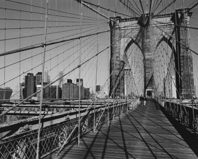 Across Brooklyn Bridge Art Poster Print by Trefor Ball