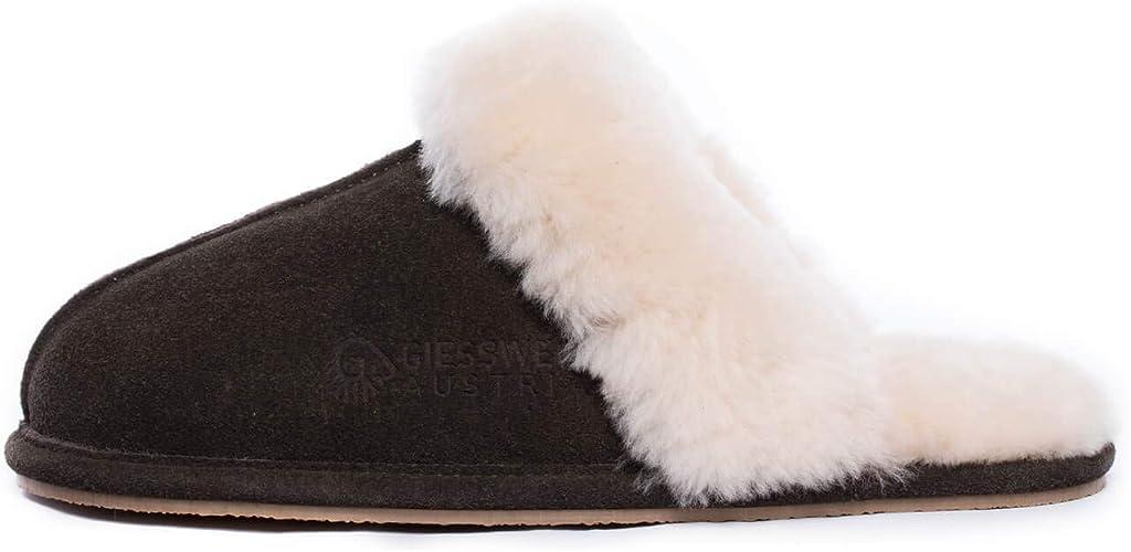 Giesswein Menden Lammfell Pantoffeln für Damen, leichte EVA Sohle, Hausschuhe für Frauen, Gemütliche Slipper, Weiche Ledersohle, Fest & Stabil,