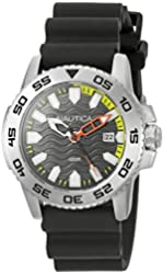 Nautica Men's NAD12526G NSR 20 Analog Display Quartz Black Watch