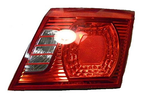 Kia 92420-3C100 Passenger Side Replacement Lid Mount Tail Light