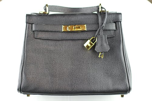 designer-handbags-this-is-hermes-style-hand-bag-kelly-28-gold-hardware-black-togo-leather-made-in-fr
