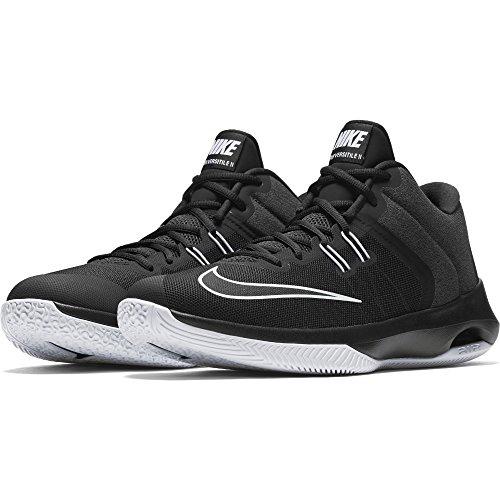 NIKE Men s Air Versitile II Basketball Shoe 1f0cba419