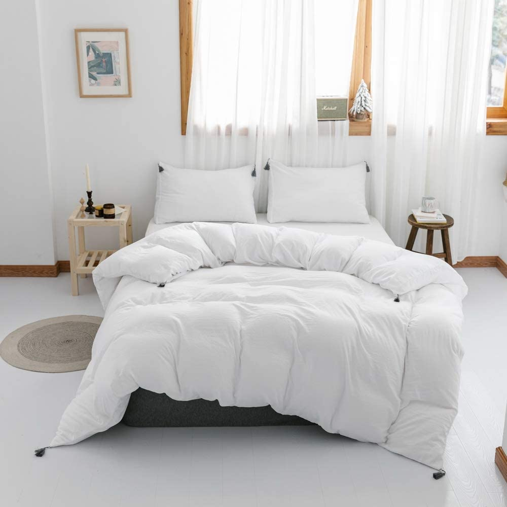 Smoofy 3 Pieces Duvet Cover, Fringed Boho Style Ultra Soft Microfiber Grey Tasseled Pom Trim Bedding Sets with Hidden Zipper Closure, 4 Corner Ties(White, Queen)
