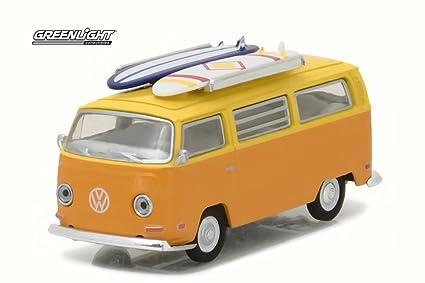 ce33799e78 Amazon.com  Greenlight 1971 Volkswagen Type 2 T2 Van w  Surf Boards ...