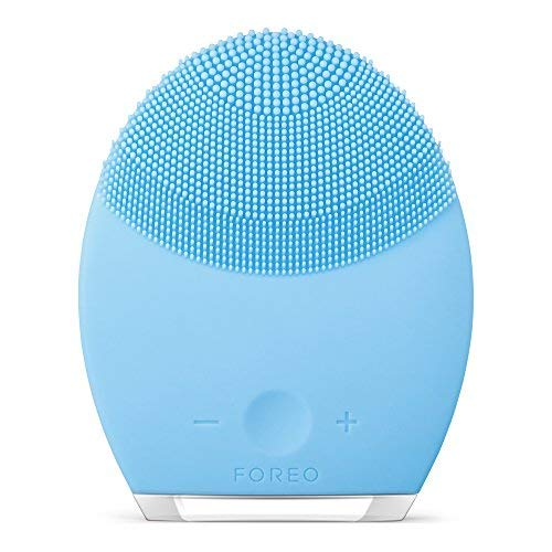 - FOREO LUNA 2 Personalized Facial Cleansing Brush & Anti-Aging Face Massager for Combination Skin