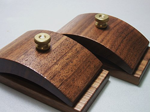 - 1 Pair Walnut Wood Quilt Hang-Ups Clamps Clips - Large