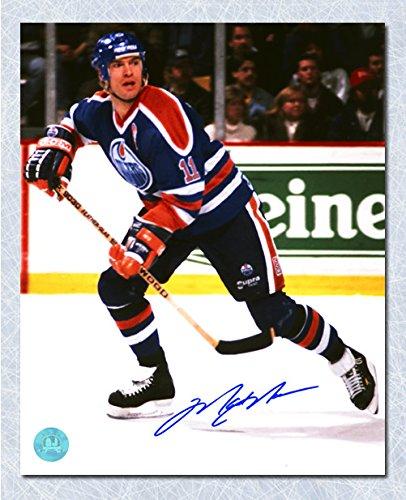 Mark Messier Edmonton Oilers Autographed Vintage Action 8x10 Photo