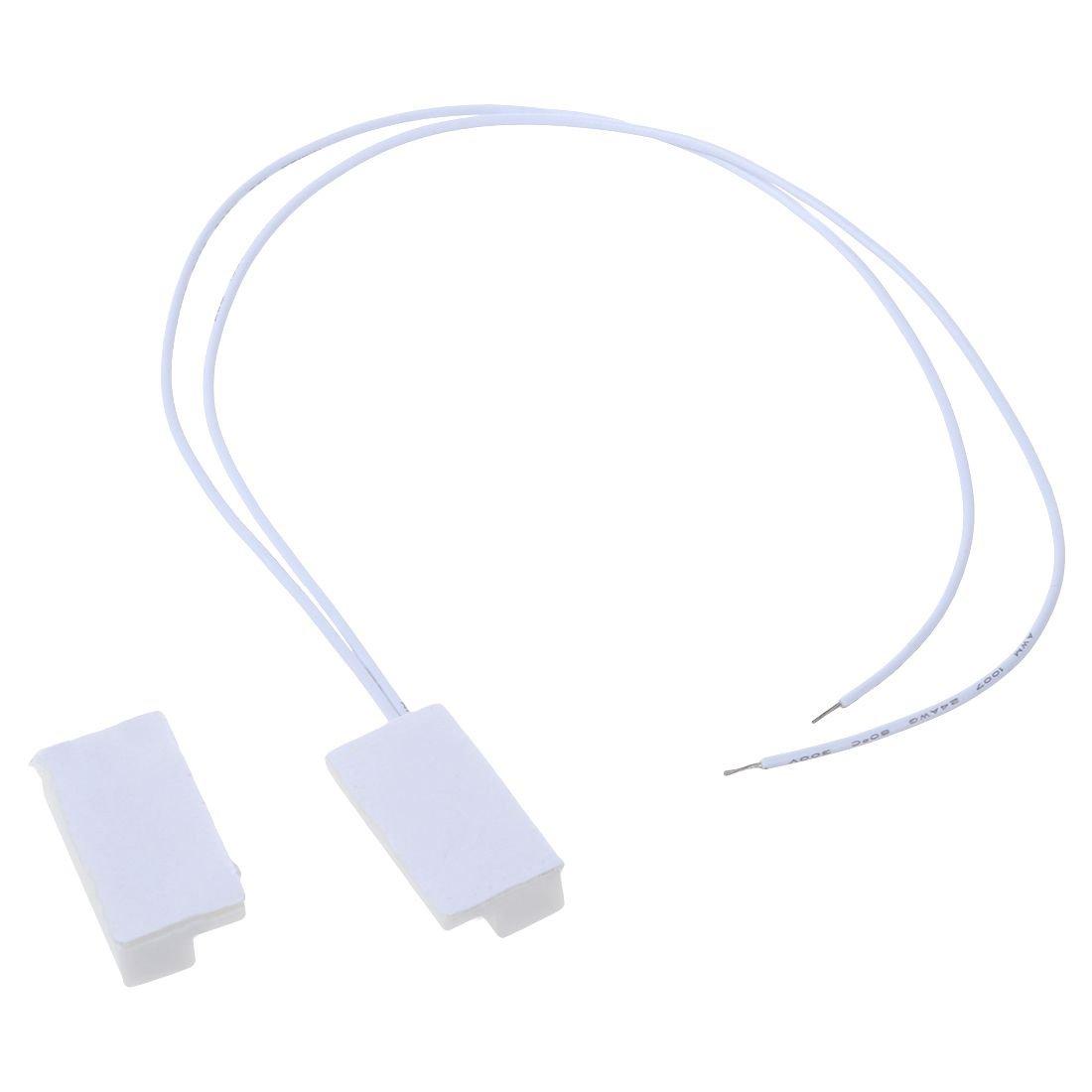 Contactos magneticos para puertas - SODIAL(R)1 par MC38 con cable de alarma de casa puerta de ventana de sistema de sensor magnetico de interruptor: ...