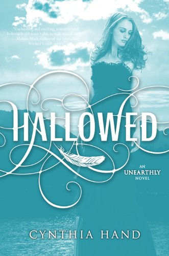 Hallowed: An Unearthly Novel by [Hand, Cynthia]