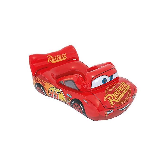 Colchoneta infantil Intex de licencia Cars; medidas: 109 x 71 cm Material vinílico de gran calidad; diseño en color rojo con detalles del coche de carreras Rayo McQueen de la película Cars Colchoneta hinchable recomendada para su uso por niños de entre 3 y 6 años; peso máximo que soporta: 27 kg