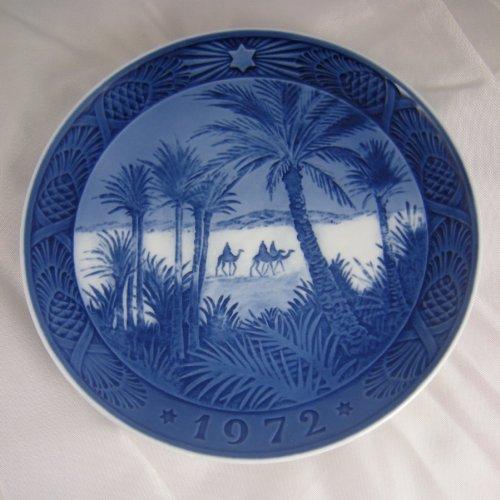ROYAL COPENHAGEN 1972 Porcelin Christmas Plate - In the Desert