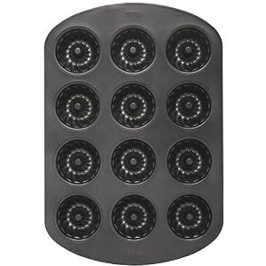 Amazon Com Wilton Mini 12 Cavity Fluted Pan Muffin Pans