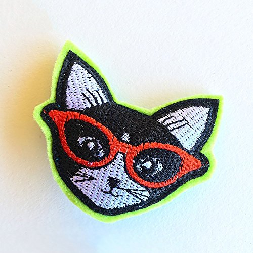 Cool Cats Catnip Toy - Single, handmade using 5-Star Catnip and embroidered cotton fabric (Catnip Single)