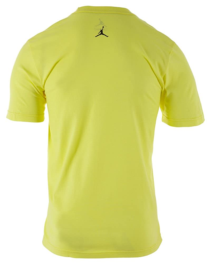 95509fd93ef Amazon.com: Jordan Nike Men's AJ XIII BC Graphic Shirt Yellow/Black  519639-740 (Medium): Clothing