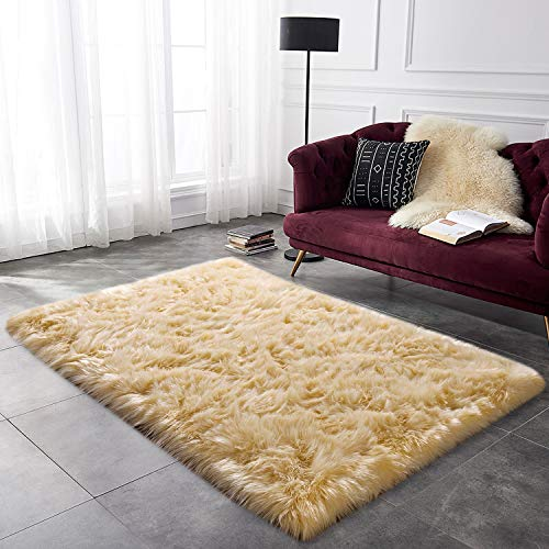 YOH Faux Fur Sheepskin Rug Children Play Carpet Girls Room Rugs Furry Fluffy Fuzzy Soft for Living Room Baby Girls Bedroom Home Decor (3 x 5 Feet, Beige)