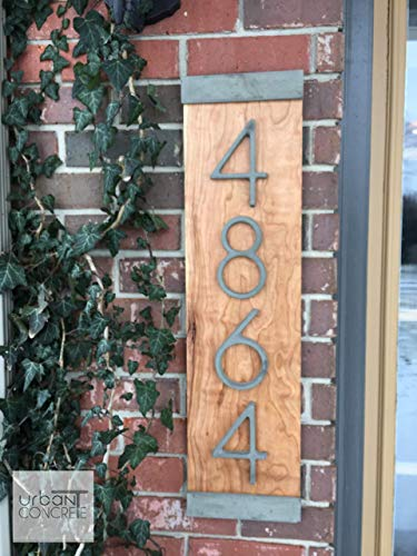 (Modern House Numbers Vertical, House Numbers Sign, Modern,Wood and Concrete Address Plaque, Custom house Address Sign, Realtor Closing Gift, Personalized Housewarming Gift. V)