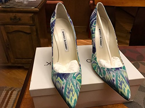 manolo-blahnik-womens-shoes