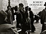 Posters: Robert Doisneau Poster Art Print - Le Baiser De L'Hotel De Ville Paris (32 x 24 inches)