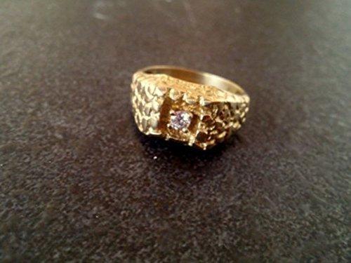 - Statement Hammered gold ring,wedding gift,crystal quartz ring,unisex ring,mens band,signet ring
