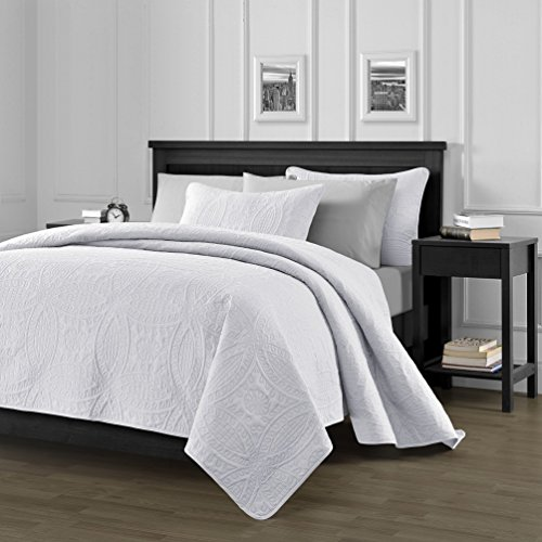 Chezmoi Collection Austin 3-piece Oversized Bedspread Coverlet Set (Queen, White) (White Quilt Queen)