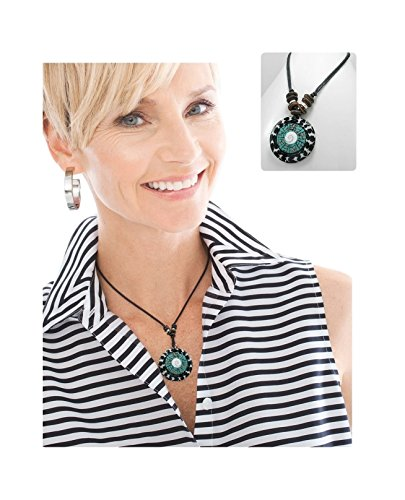 [Artisan Handmade Shell, Coconut Wood and Fish Bone Pendant Necklace Boxed (#160) (Bullseye)] (Bone Shell Necklace)
