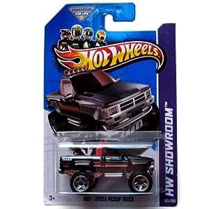 2013 Hot Wheels Hw Showroom 1987 Toyota Pickup Truck 165/250
