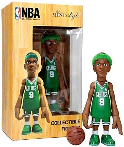 (NBA Boston Celtics Rajon Rondo Vinyl Figurine Arena Pack)