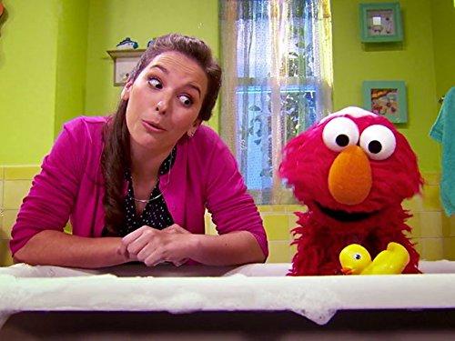 Elmo Comes Clean - Bathtub Ernie