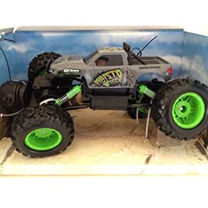 Remote Control Maisto Rock Crawler Off-road Monster Truck New 2014 Grey Color
