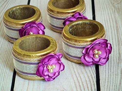 Painted wood napkin rings with RADIANT ORCHID satin flowers, set of 4 ()