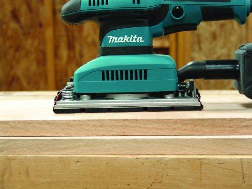 Makita BO3710 Finishing Sander 3
