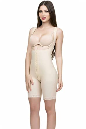 f2afdbaff Isavela Womens High Back Closed Buttocks Enhancer Hook   Eye Front Center  at Amazon Women s Clothing store