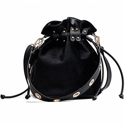 Weibliche Modische Schultertasche Schultern mit Nieten Pumpen Umhängetasche Allgleiches Handtaschen , schwarz