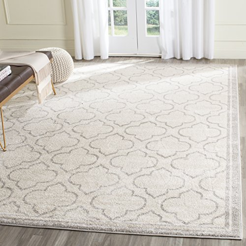 Safavieh Amherst Collection AMT412E Ivory and Light Grey Indoor/Outdoor Area Rug (6' x 9') (Rug Loomed)