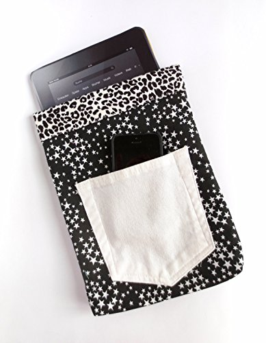 black-and-white-star-spangled-tablet-sleeve-with-animal-print-lining-for-full-size-ipad-kindle-fire-