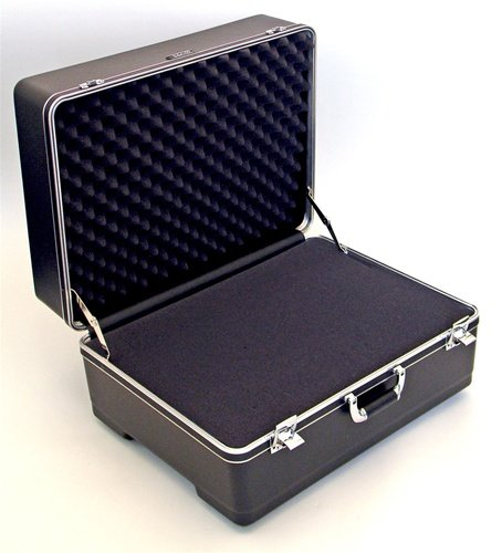 241811H Platt Heavy-duty Polyethylene Case with Wheels and Telescoping Handle