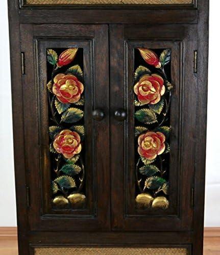 Kommode mit von Hand geschnitzte Blumen an den Türen