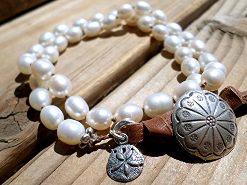 White Pearl and Hill Tribe Silver Bracelet - Sterling Silver Sand Dollar Charm Bracelet (Hill Tribe Silver 7mm)