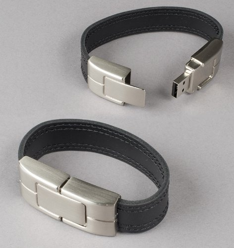 (Deluxe Black Leather Wristband USB Flash Memory Drive 32GB)