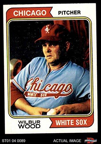 1974 Topps # 120 Wilbur Wood Chicago White Sox (Baseball Card) Dean's Cards 6 - EX/MT White Sox ()